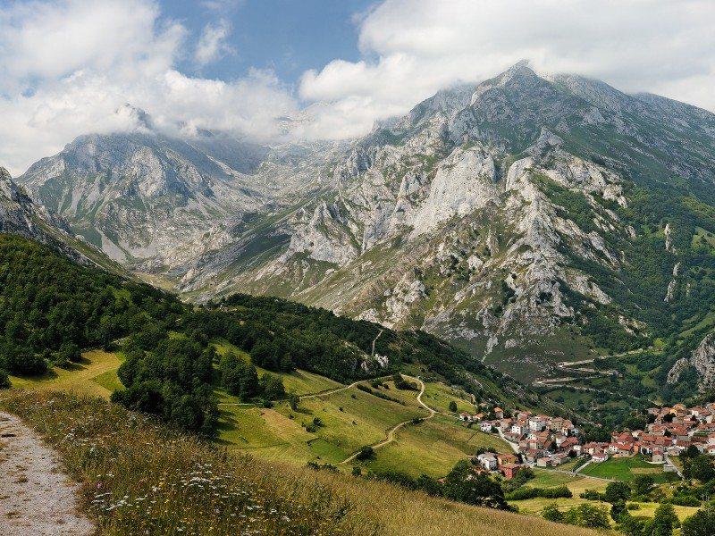 De Asturias a León y viceversa