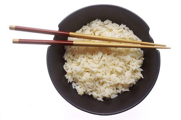 Vaciar el plato de comida