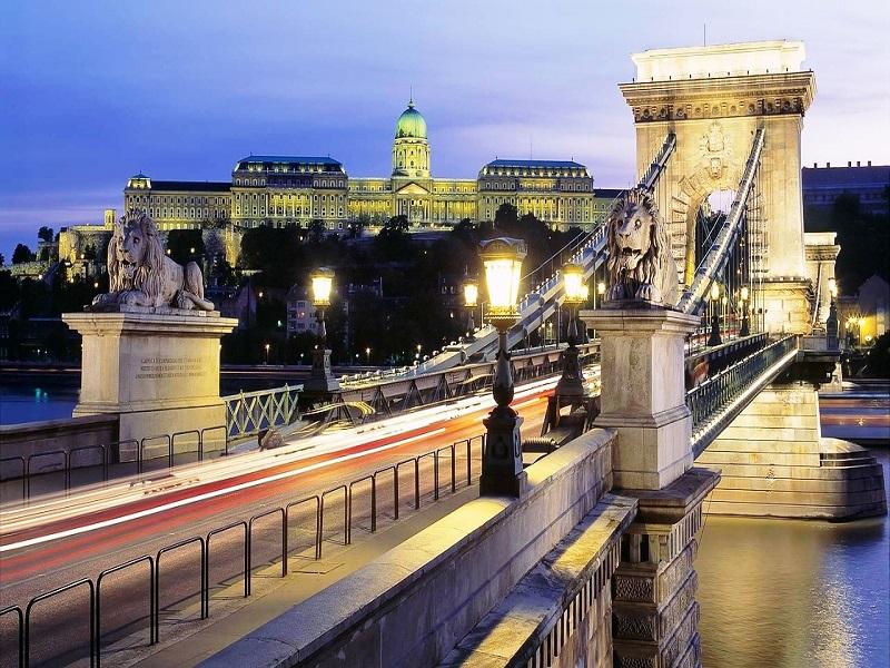 Puente de las Cadenas, Budapest, (Hungría)