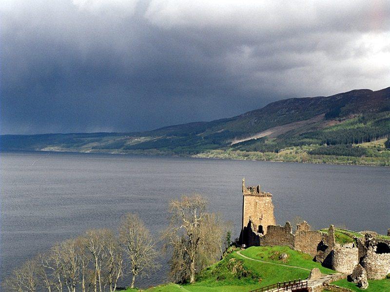 Lago Ness, Ness (Escocia)