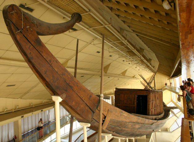 La barca funeraria de Keops