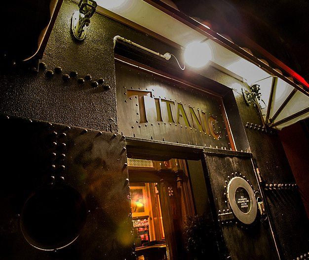 Titanic Theatre Restaurant, Williamstown (Australia)