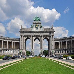 Palacio y Parque del Cincuentenario